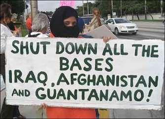 gtnmo_protesta2.jpg