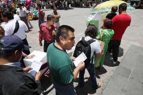 En Morelila, la afluencia de ciudadanos, escasa al principio, se incrementó en el transcurso del dia
