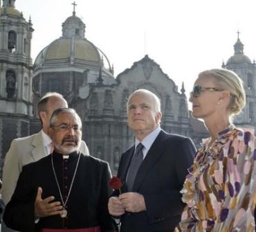 McCain muestra admiración por un ind�gena que realizo su propio sueño americano sin cruzar la frontera