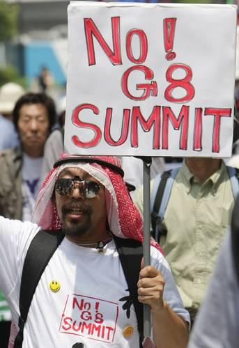No al G8; manifestantes ayer en Japón