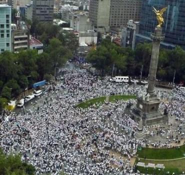 Hacia el Zócalo por Paseo de la Reforma