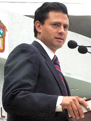 Enrique Peña Nieto, Gobernador del Estado de México
