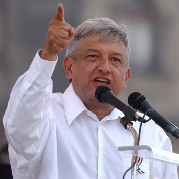 http://pocamadrenews.files.wordpress.com/2008/12/amlo2.jpg