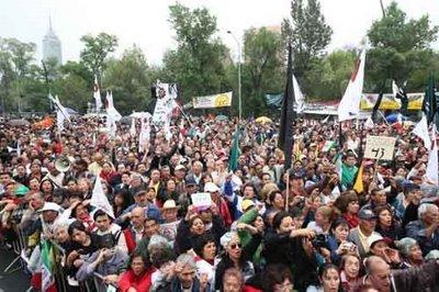 Manifestación frenta a la Secretaria de Hacienda 3 de febreo 2009