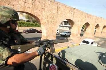 Militares desplegados en Michoacán. Foto Carlos Ramos Mamahua