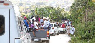 Caravana contra la hidroeléctrica en Olintla. (Foto: La Jornada de Oriente)