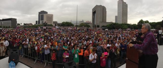 amlo-Monterrey-NL-marzo-2014
